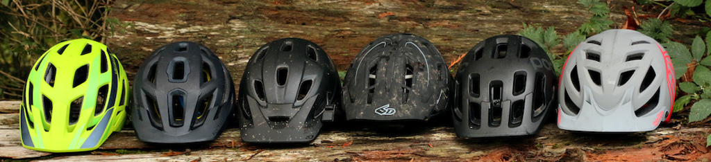 c77bc644 I clearly like black helmets. All of these helmets, however, are available  in a wide range of colors. So if you feel a deep kinship to eggplant,  turquoise, ...