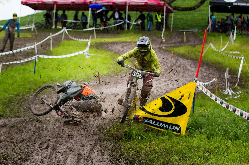 Crashes were visible on the muddy race track the whole weekend long - Photograher Peter Hirzel hipSh0ts at softenvironment.ch