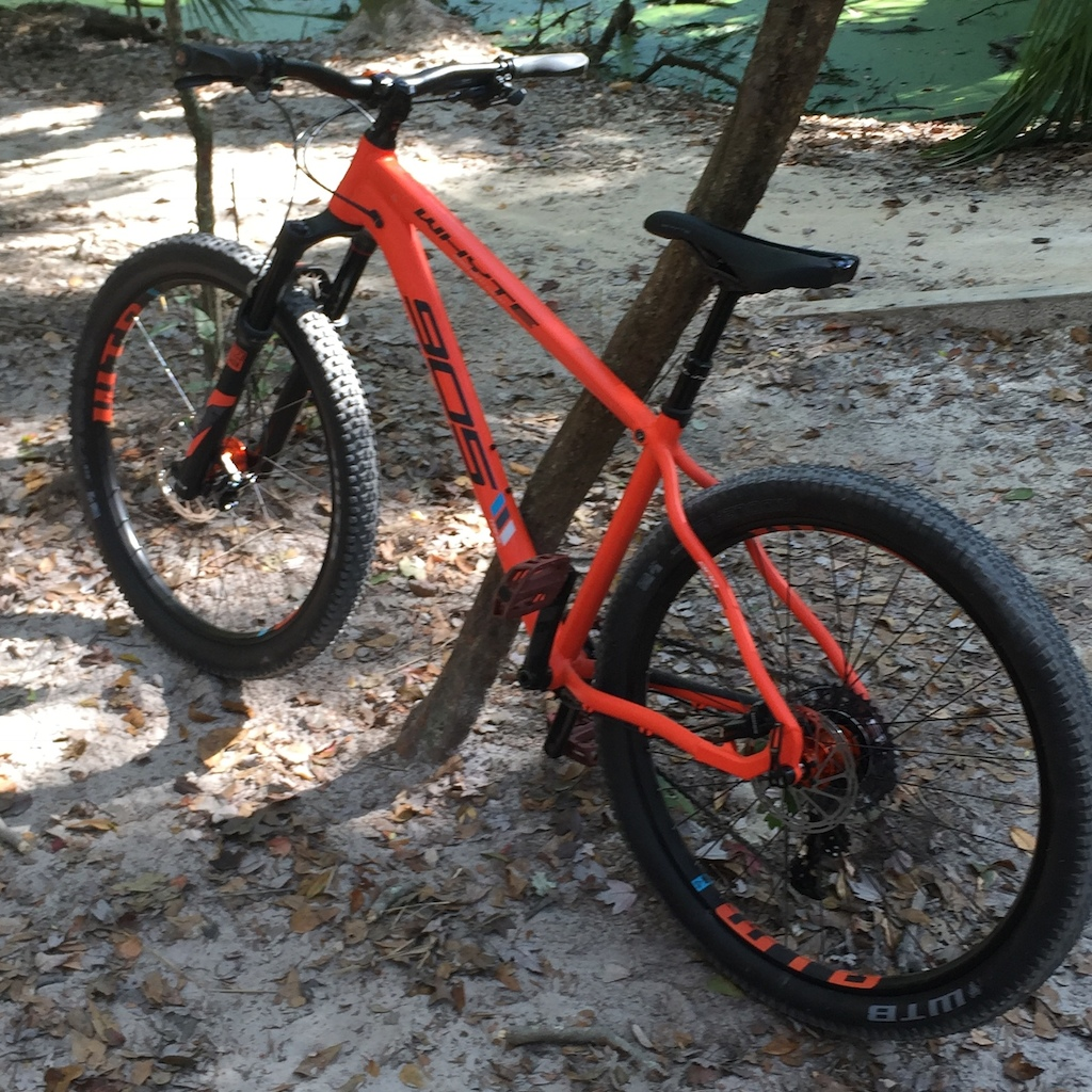 fd5130b1ac2 Sees trails, eats trails, this bike rocks, enough said.
