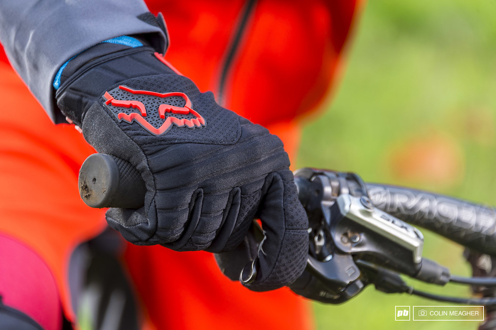 The Sidewinder Polar glove.