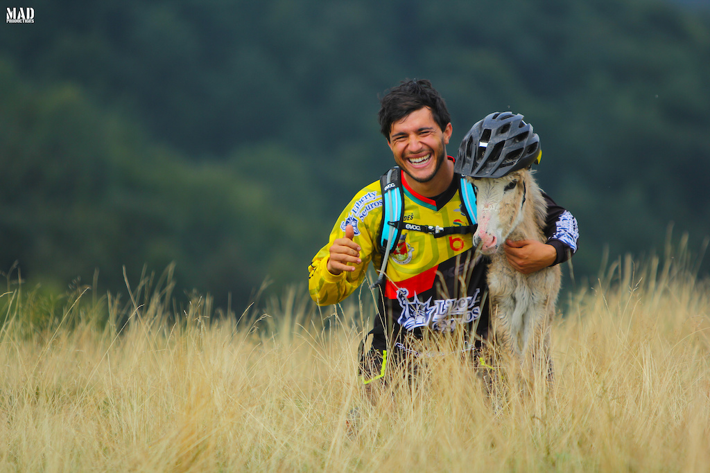 Here are two members of the elite enduro team for the 2017 season ! MADproductions animal, Emanuel Pombo, making friends during our adventure trip to Lake Como with Como Bike Experience.