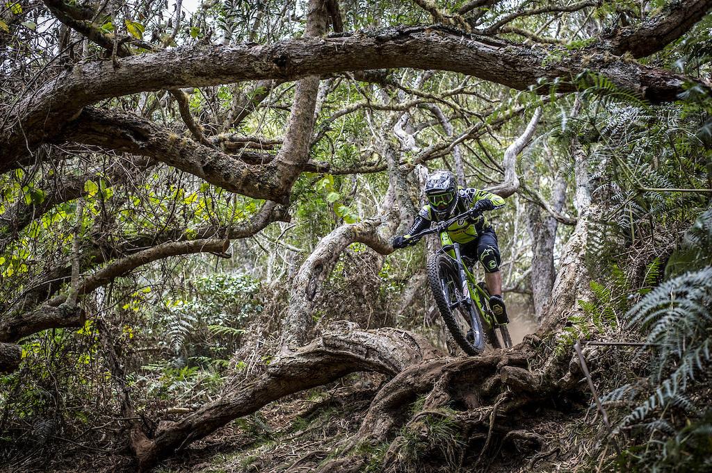 Megavalanche, La Réunion 2016  PIC © Andy Lloyd www.andylloyd.photography
