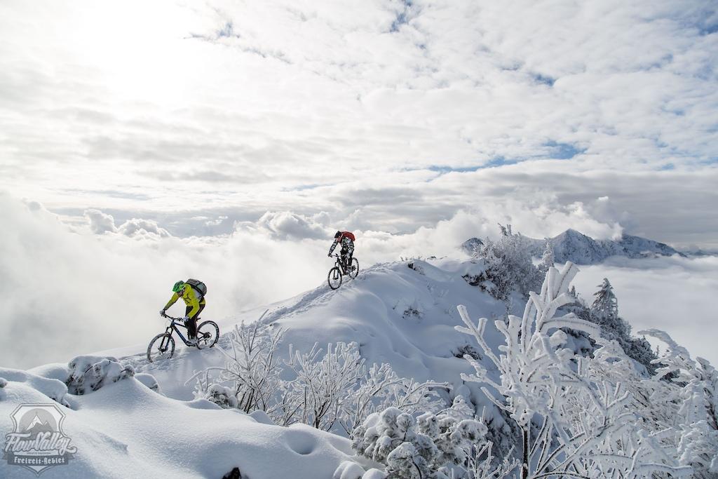 Powder Season in Flow Valley has started