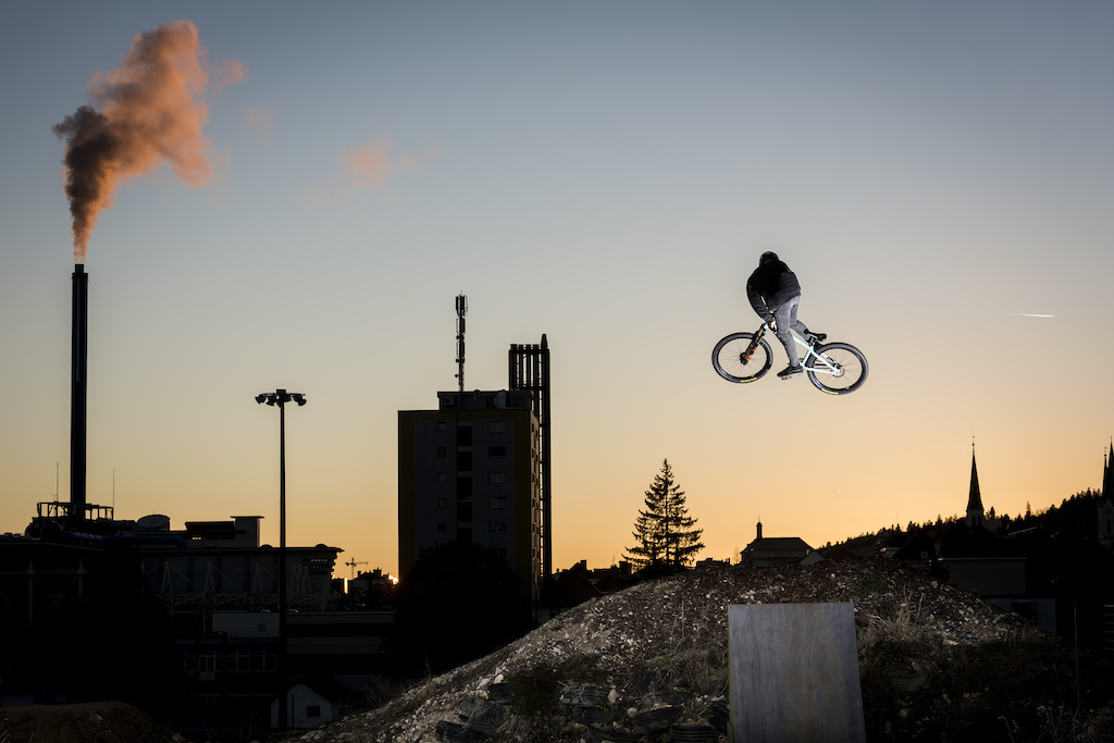 Whip above the city.