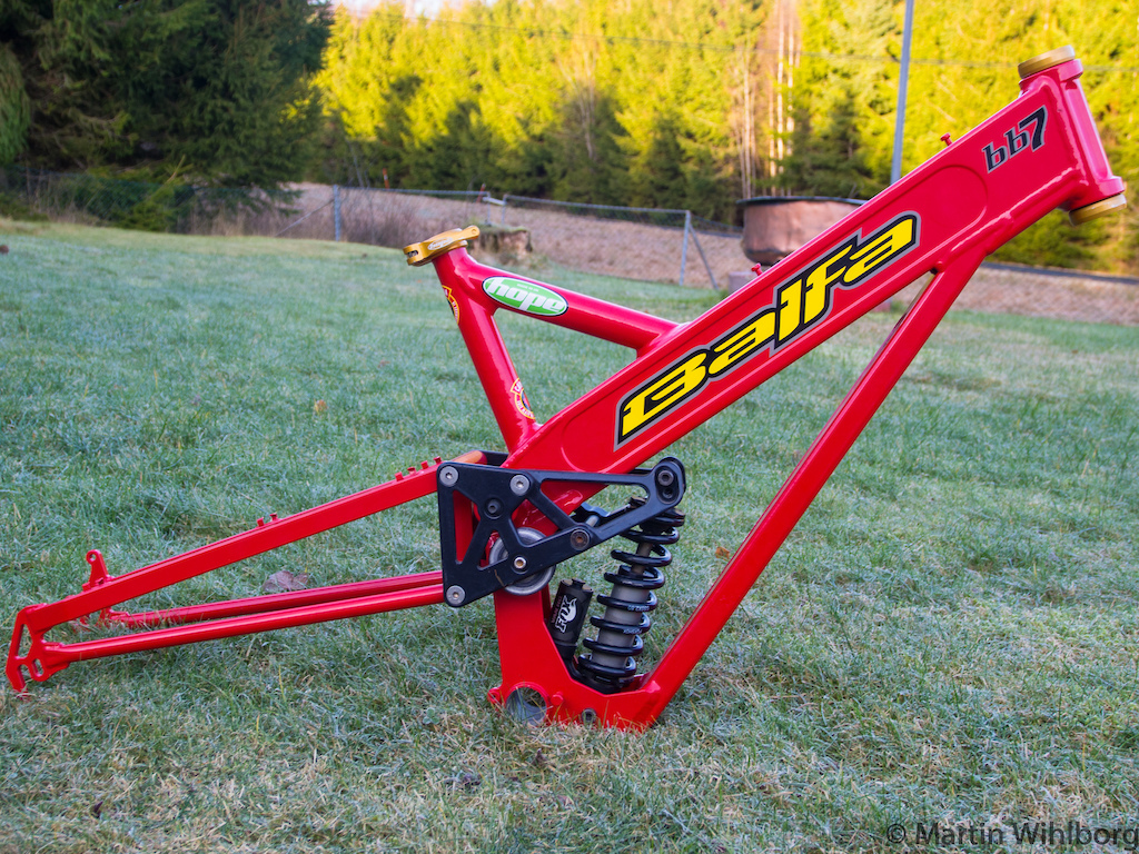 Balfa BB7 frame, with new paint and stickers. Hope head set and seat clamp