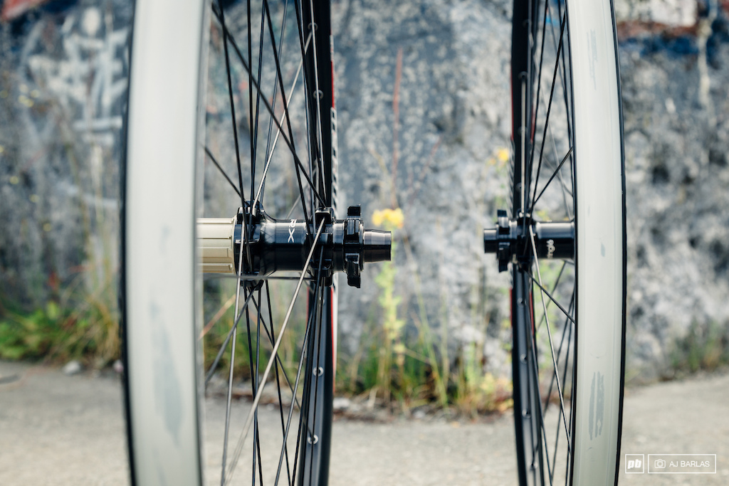 Sun Ringle Charger Wheelset w SRX rear hub