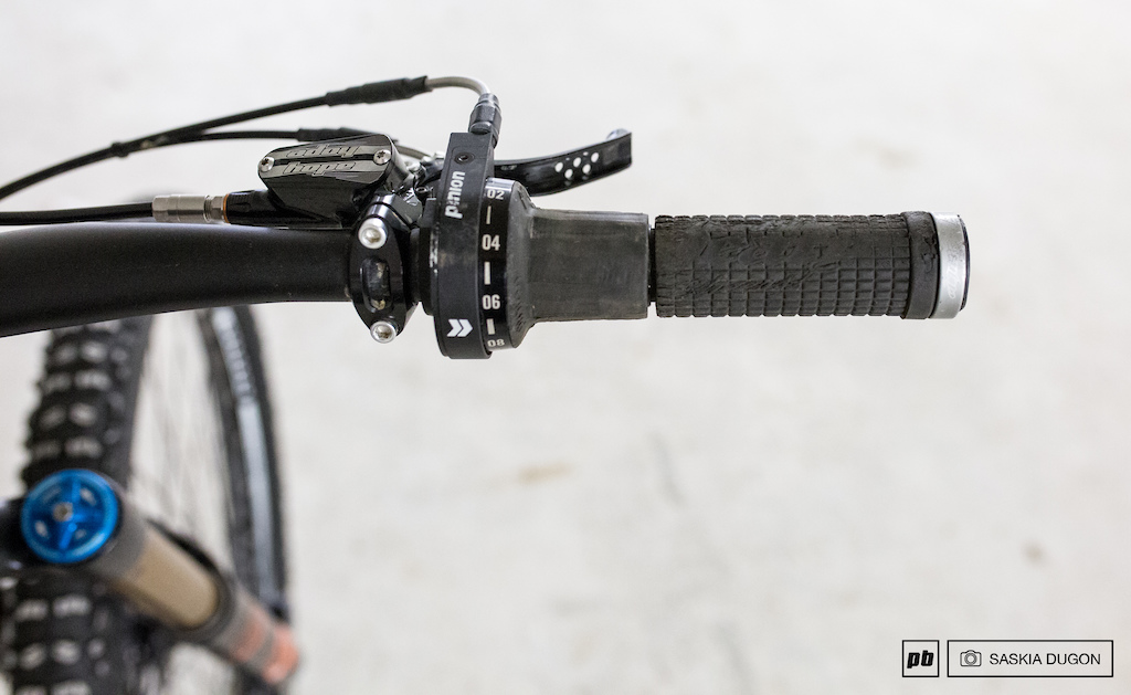 Nicolai derailleur vs gearbox comparison.