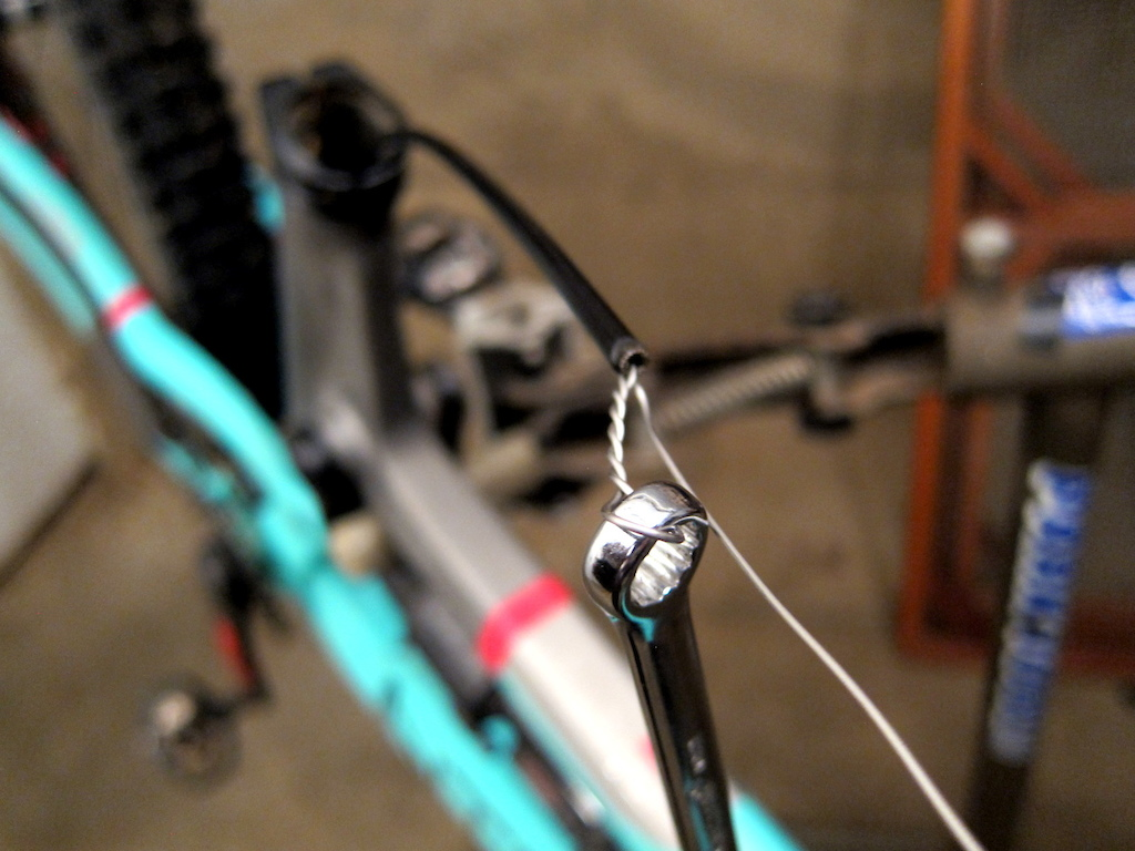 BikeYoke DeHy cable remote for Reverb Dropper seatposts