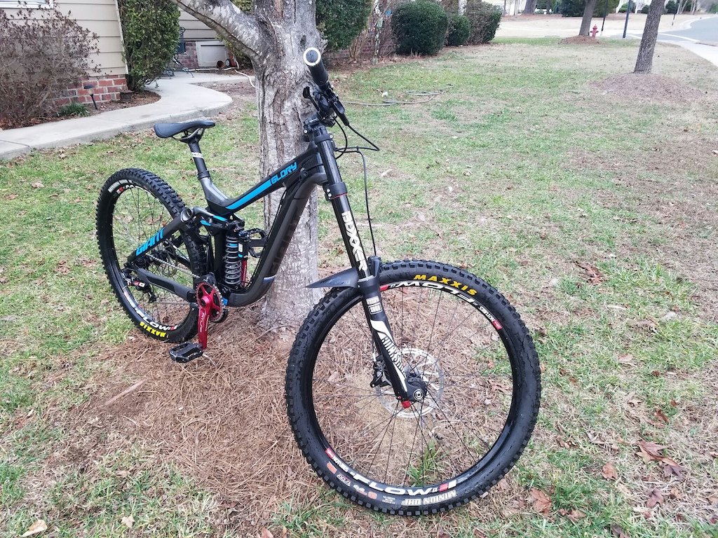 2016 Giant Glory Advanced 0 DH CARBON