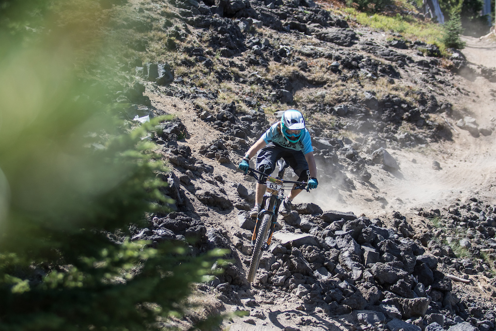 Alex Walker takes the win at the final 2016 Oregon Enduro Series race!