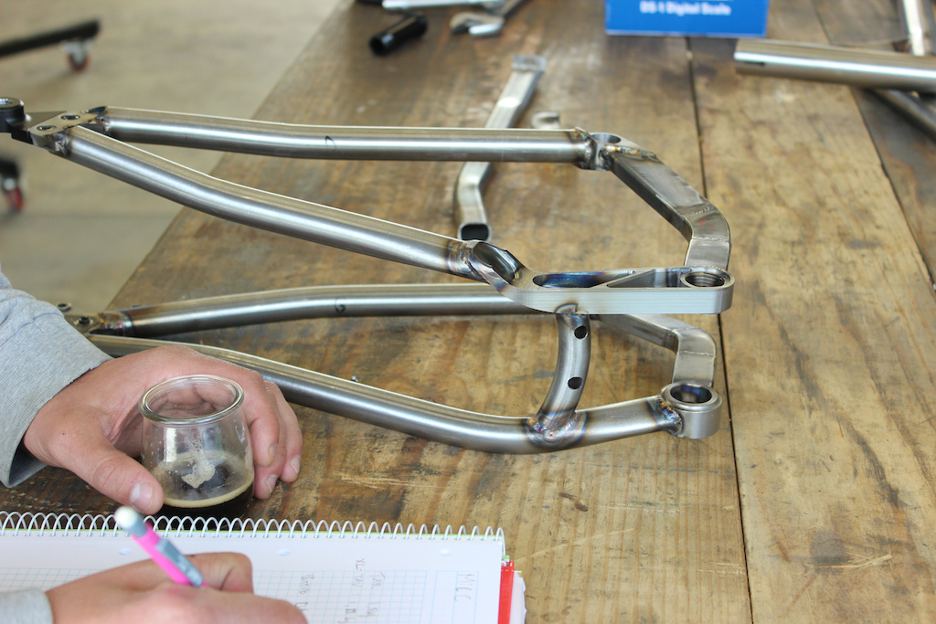 Shan nº5 in the making, our very first full suspension bike
