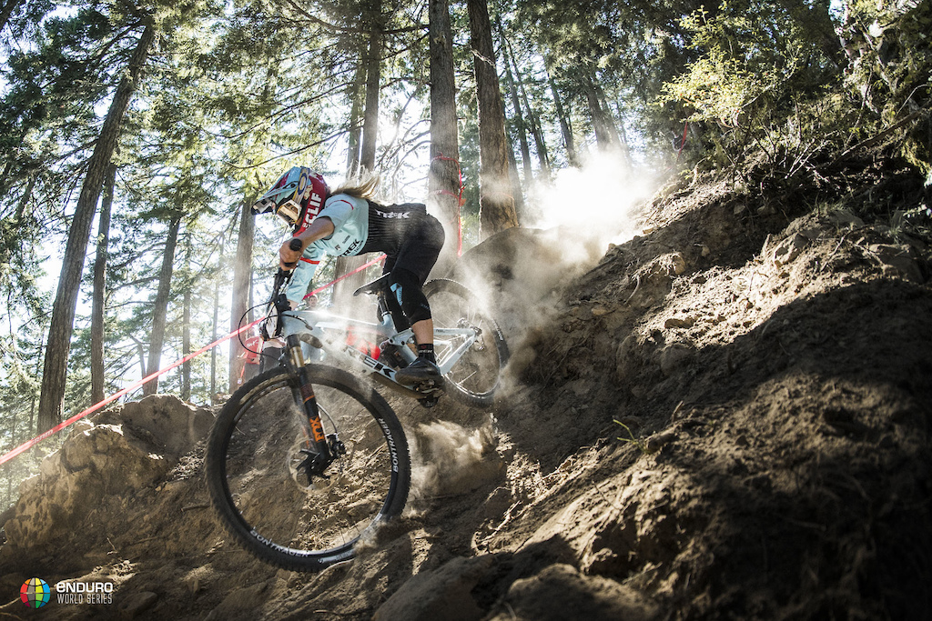 Casey Brown making light work of her home trails in Whistler during the 2016 EWS