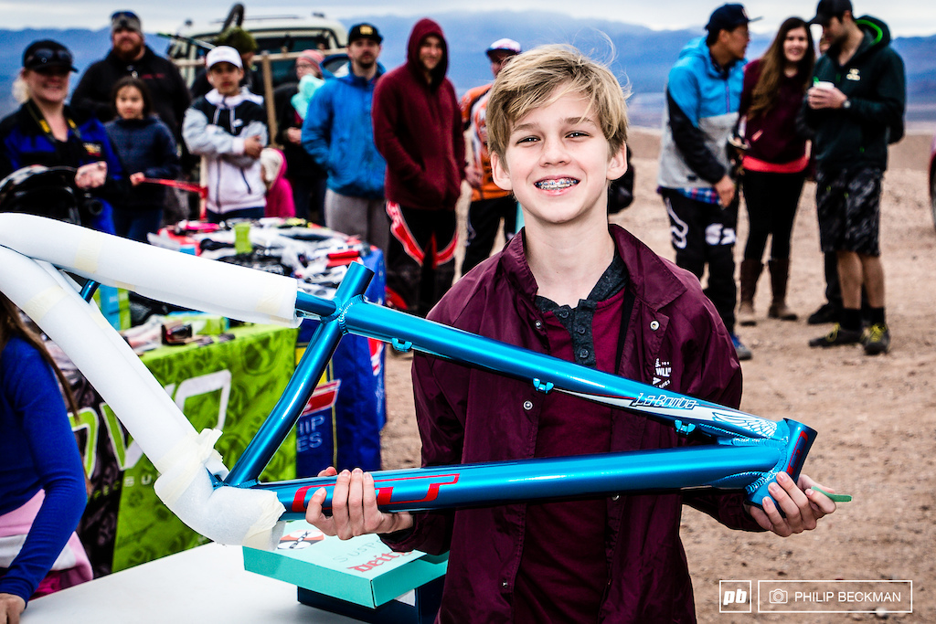 This lucky fellow walked off with a brand new GT frame after having his name drawn in the post-race raffle.