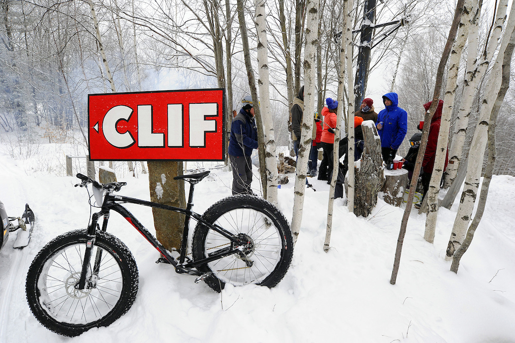 Clif took over the mid-mountain shack for the day. Thanks for the bites ladies Photo Jeb Wallace-Brodeur