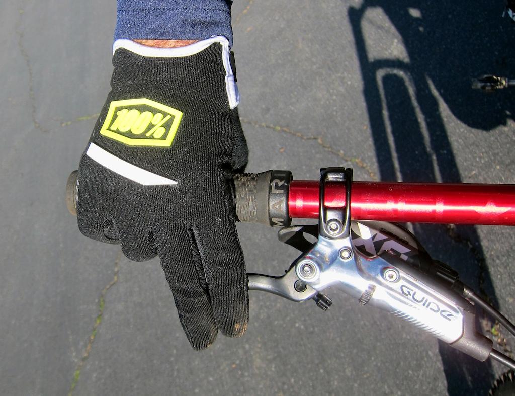 100 Ridecamp glove 2017