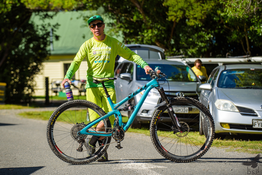 Nate Hills brought his Yeti SB5.5 for a racing holiday in New Zealand