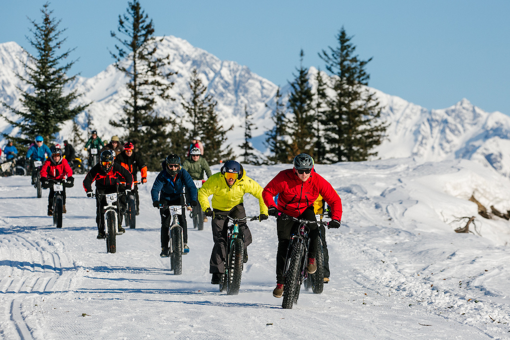 Mass start to the Meals downhill race. Photo Robb Thompson