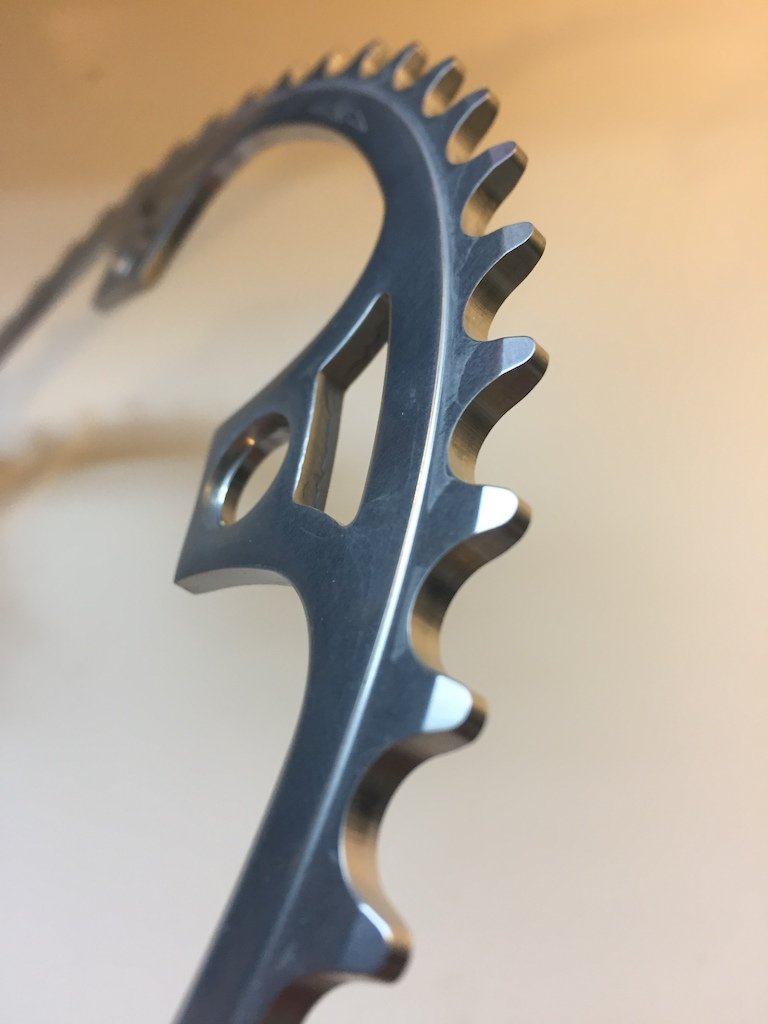 2017 Campagnolo pista chaninring 50t brand new