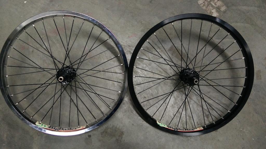 2016 New Sun Ringle Shred Rear Wheels 9T and 10T