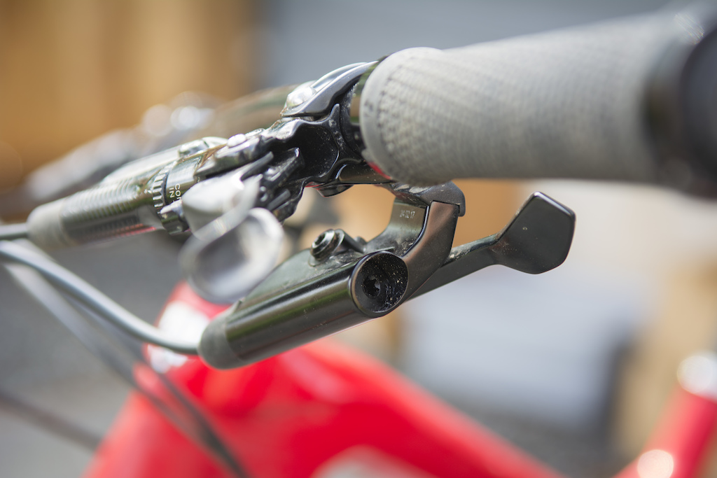 Rockshox Launches New Reverb Remote First Look Pinkbike