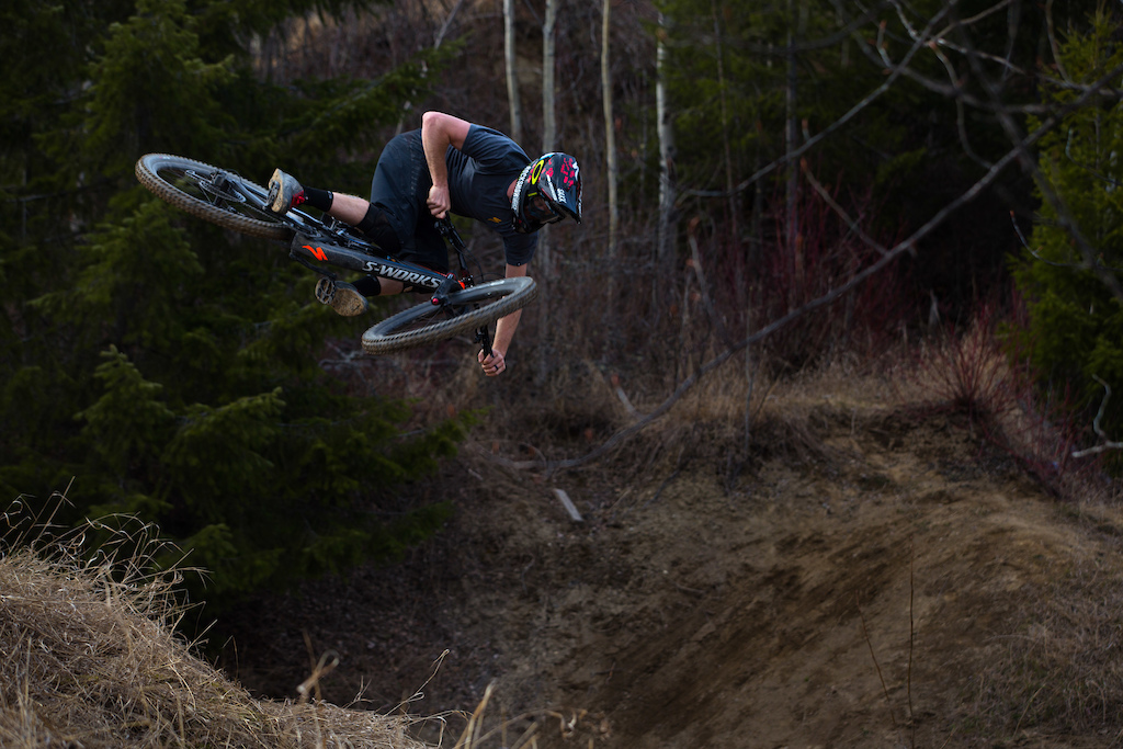 Norbs steezing the hip.