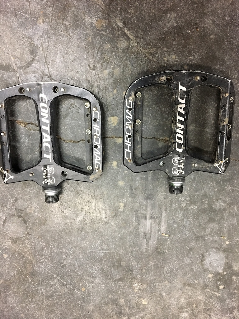 2016 Chromag Contact Pedals