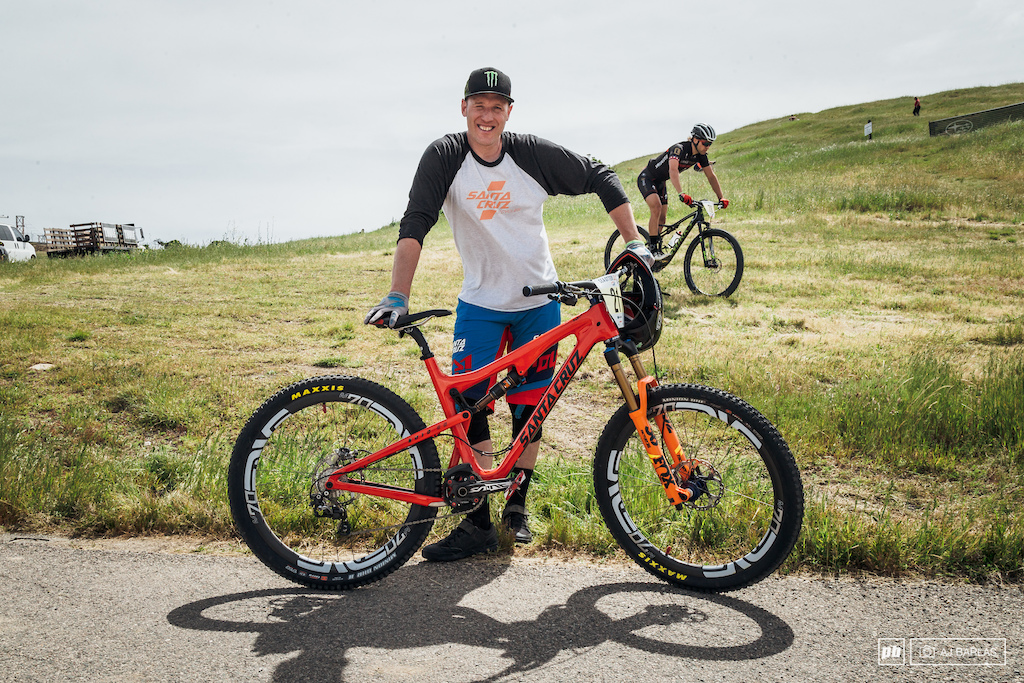 Peaty had a crack at slalom, but unfortunately we didn't get to see the legend in the main event with him unable to make the cut. He was riding the Santa Cruz 5010 with the usual mix of  Fox suspension, Enve wheels, and Shimano drivetrain and brakes.
