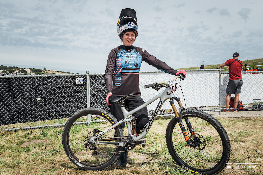 Jill Kintner wins again. She looked so strong on her Norco Optic 7 and really wasn't challenged until the finals. Her Optic was a size small, with 120mm rear, 130mm front
