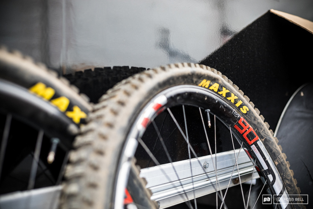 Big wheels need big tires - Santa Cruz have had a busy winter not only producing the V10 29er but pushing partners for new components to go with it.