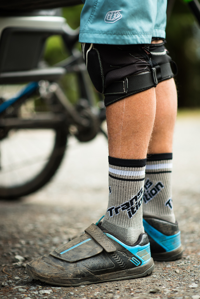 Split Logo Sock in Grey