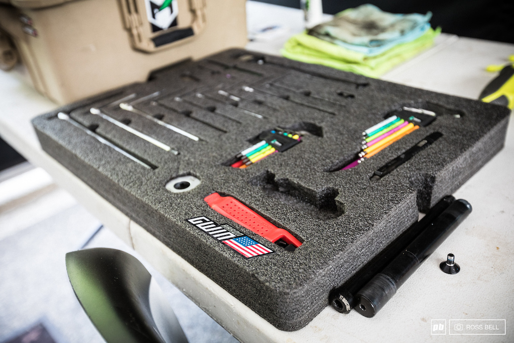 Aaron Gwin s mechanic John Hall gives us the details on his custom toolbox setup.