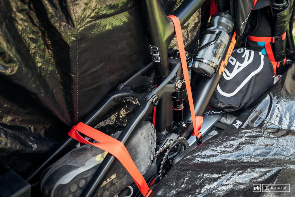 Evoc Bike Travel Bag Pro and Bike Stand