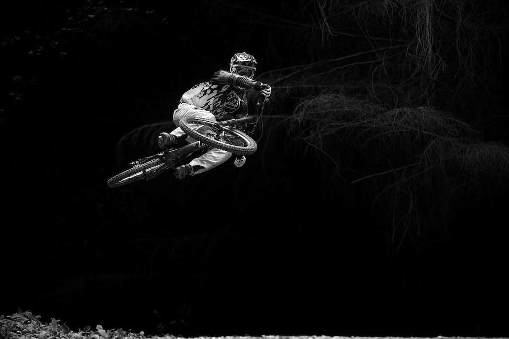 Louis Hamilton on the new COMMENCAL Furious 2017