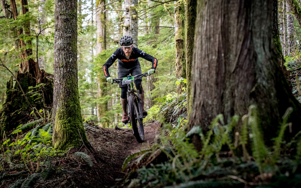 Vedder Mountain Classic 2017. Photo Scott Robarts Photography
