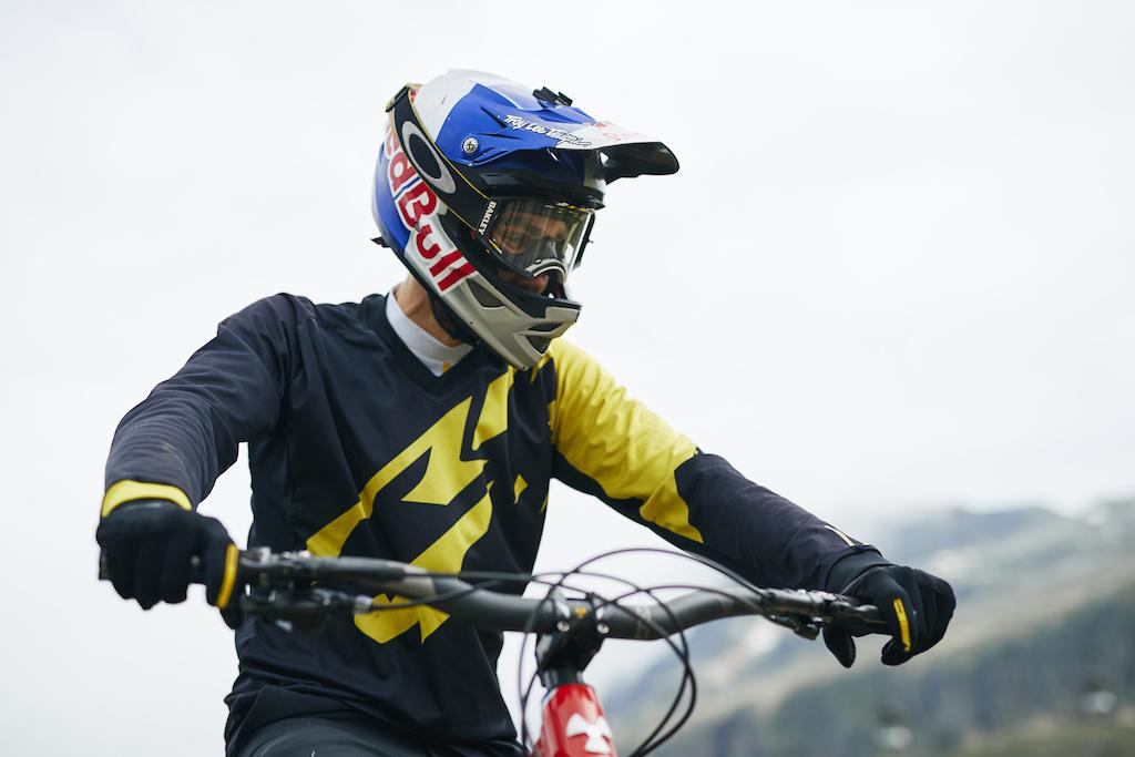 Matti Lehikoinen Watches to world series