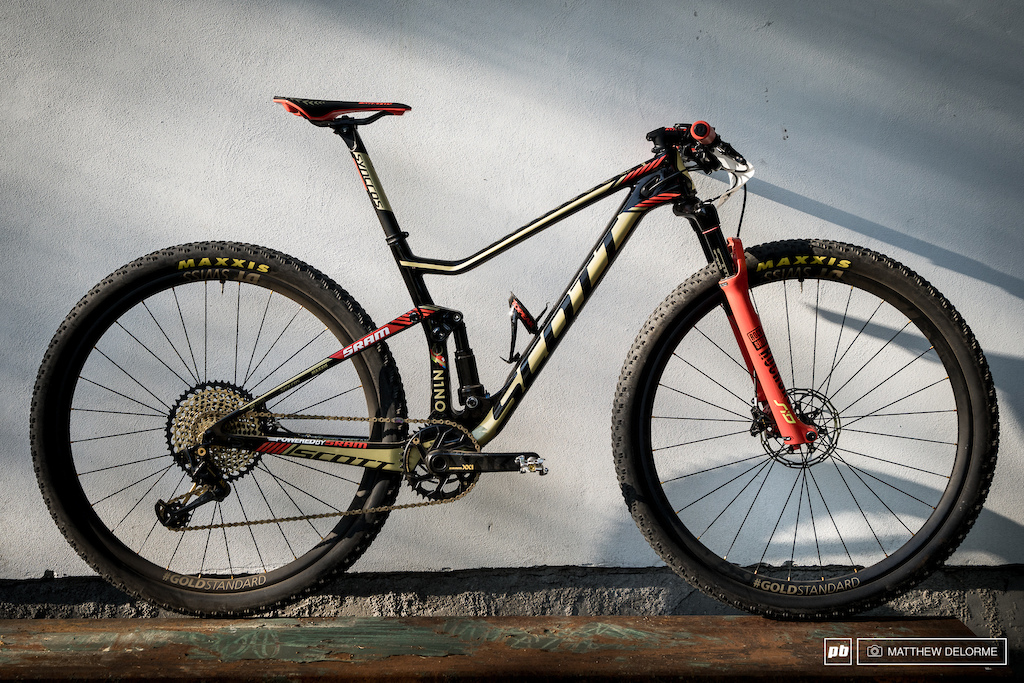 Nino Schurter's custom Scott Spark Photos by Matthew DeLorme