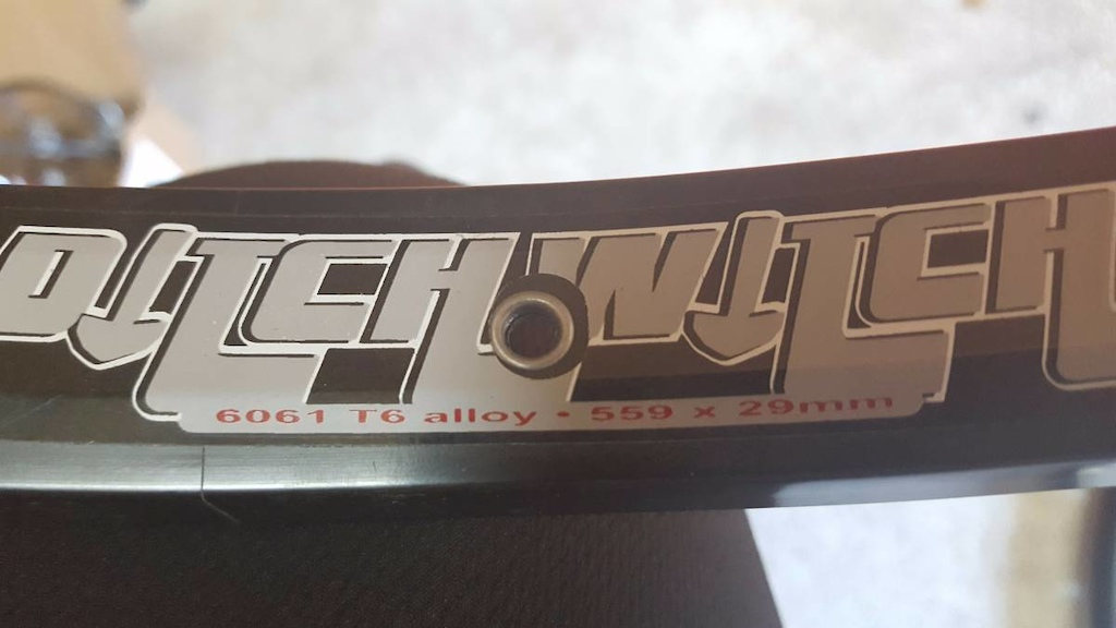 0 Sun Ringle Ditch Witch Alloy Rim