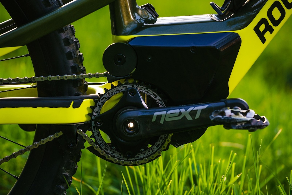 Rocky Mountain s system uses a standard RaceFace crankset