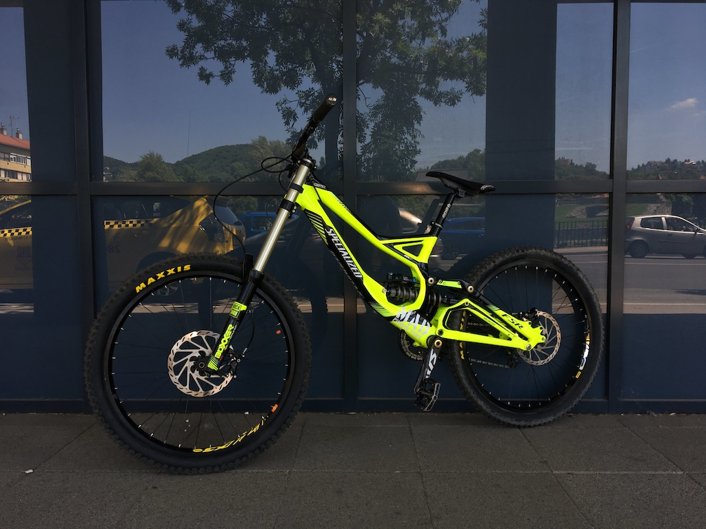 2011 Specialized Demo 8 II Fluo Yellow
