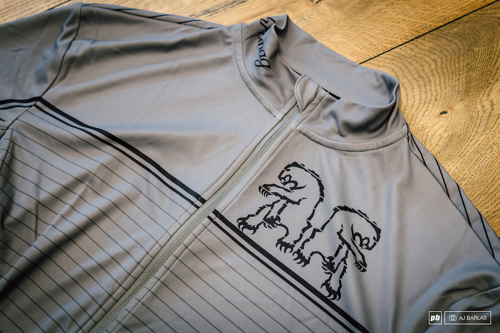 The Backwoods Jersey is a long sleeve variation of the Legion Jersey. It features a full length zip three-pocket rear but forgoes the mesh under the arms.