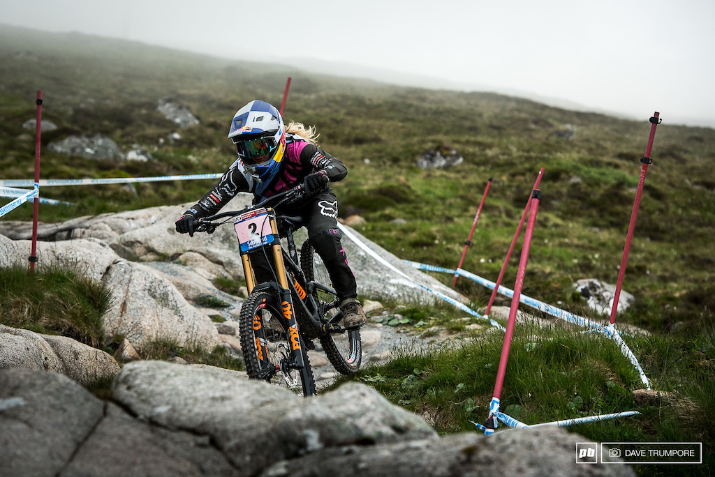 Unfortunately a giant mud bog stood in the way of Tahnee Seagrave as she tried to capitalize on Rachel Atherton s absence.