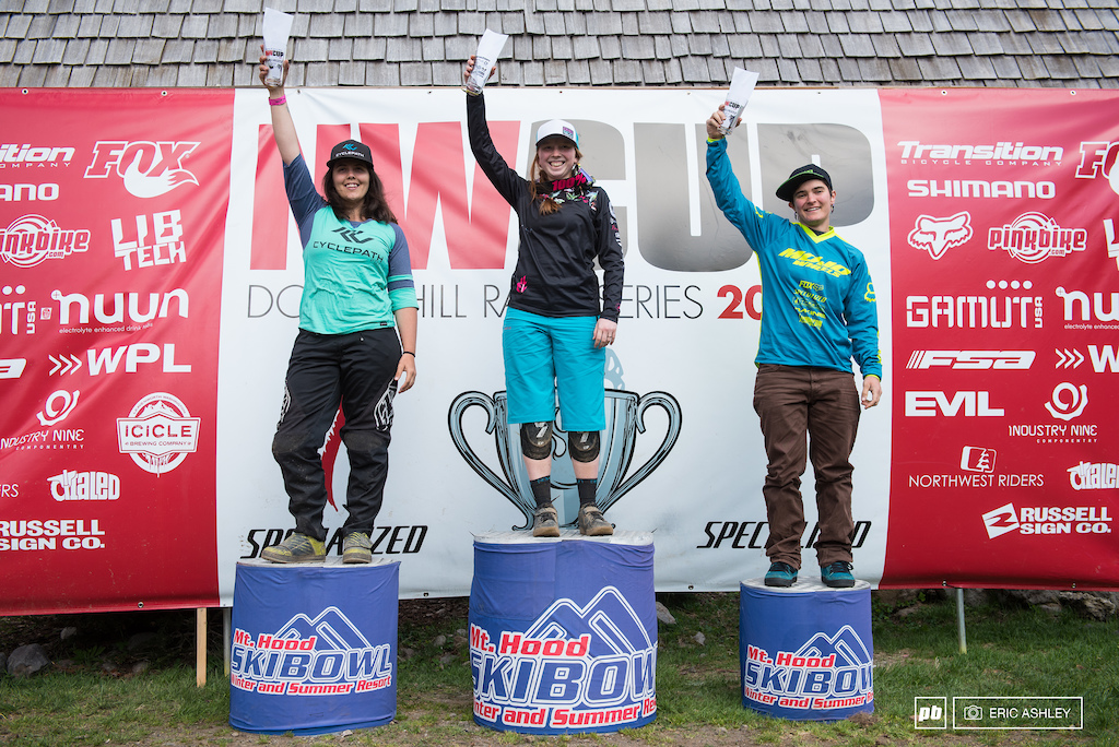 Pro Women Podium Kaytlin Melvin Kerstin Holster and Lauryn Heitzman-Patterson.