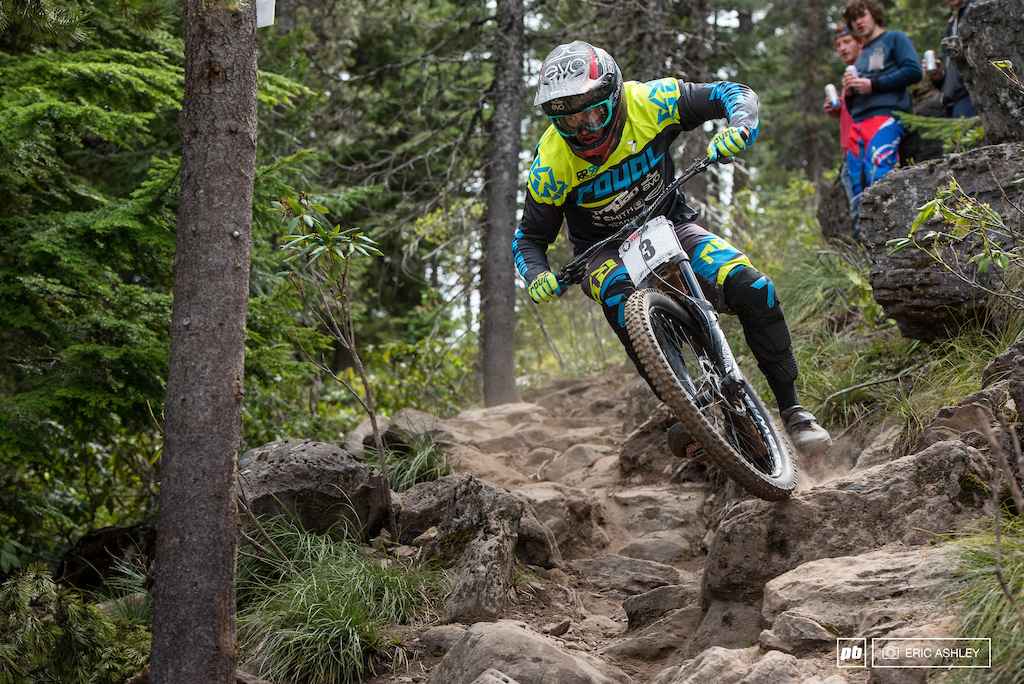 Matt Orlando slammed through the rock garden with an impressive amount of speed only to have his run fall to pieces with a front-flat before the finish line Pro Men .