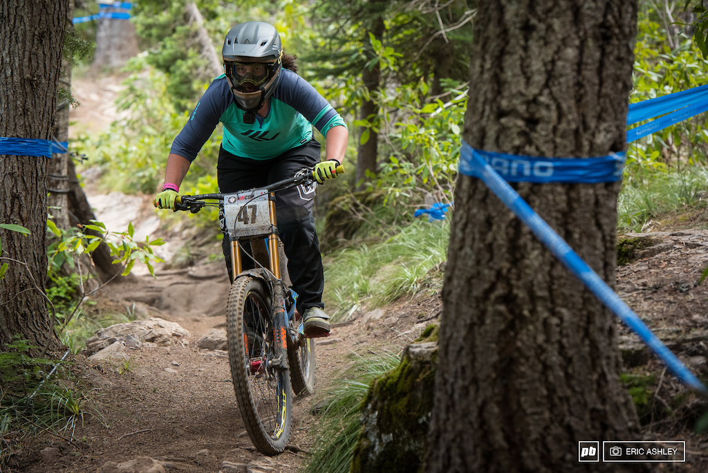 Kerstin Holster lost ground to Kaytlin Melvin and finished the day in second Pro Women .