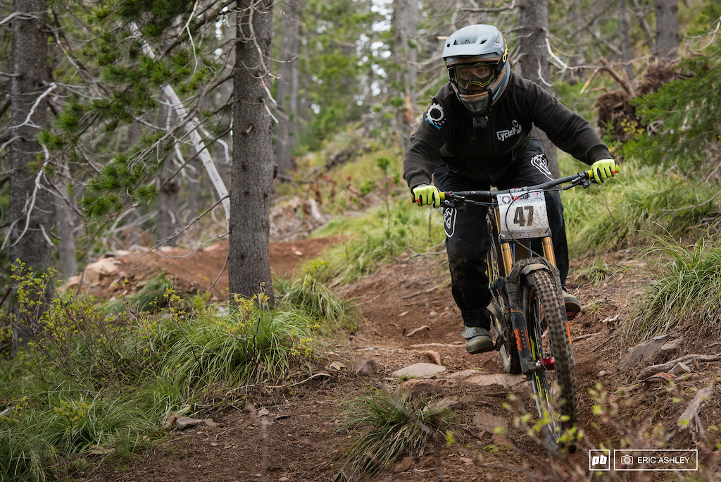 Portland rider Kerstin Holster led the charge to take the top seeding spot for Pro Women.