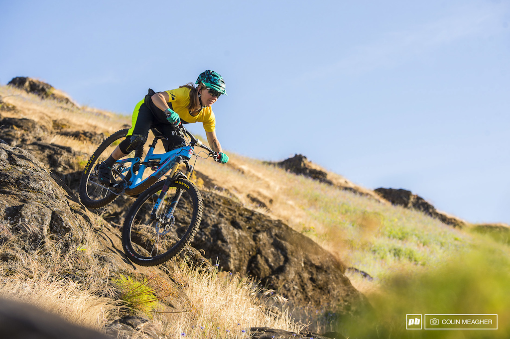 Action and static imagery of the Flare Women s Roost Downhill short and Solar Tech Tee.