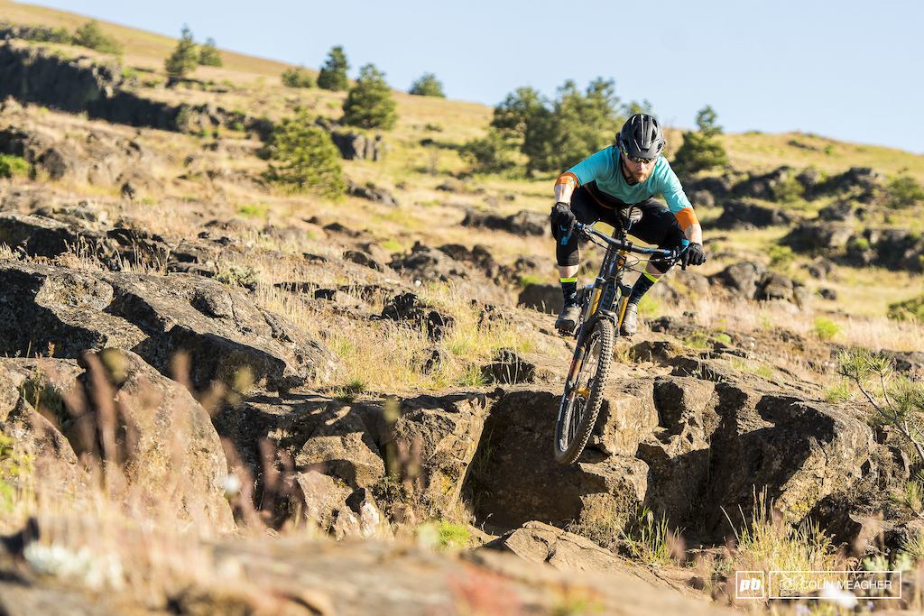 Justin Fernandes with the Flare Stage Enduro Short and 3 4 sleeve Jersey.