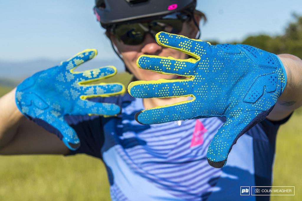 Ion Path Gloves