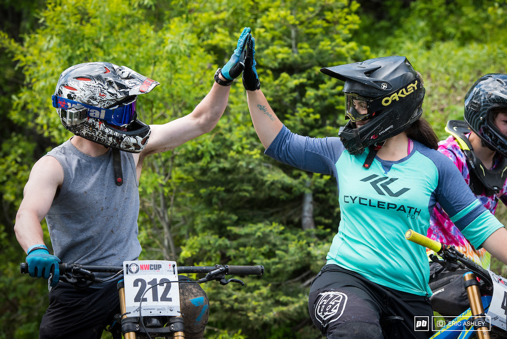 Kerstin Holster Pro Women and Anthony Marsicano Cat 1 Men 19-29 celebrate a fun singletrack rip.