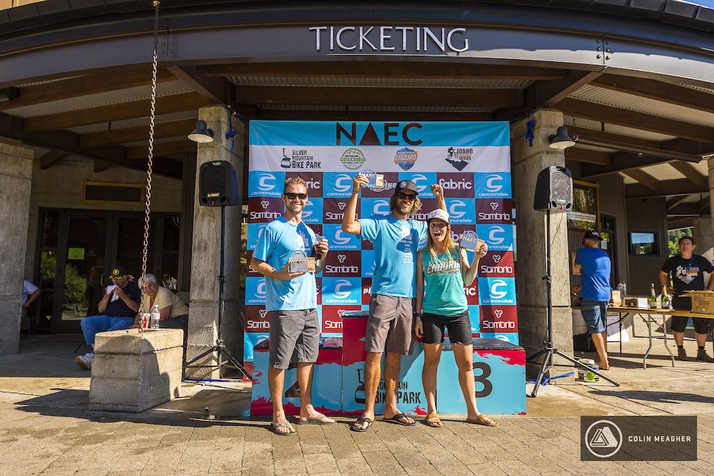NAEC Expert Coed Team winners.